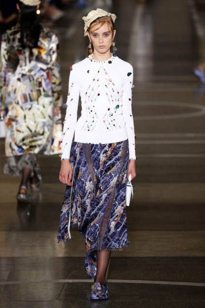 Christopher Kane Look 16
