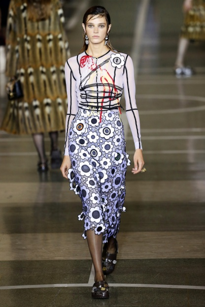 Christopher Kane Look 2