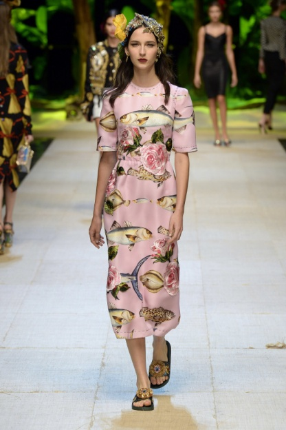 Dolce and Gabbana Look 18