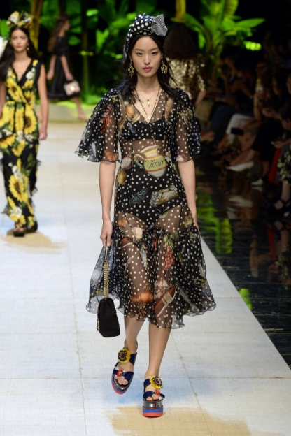 Dolce and Gabbana Look 32