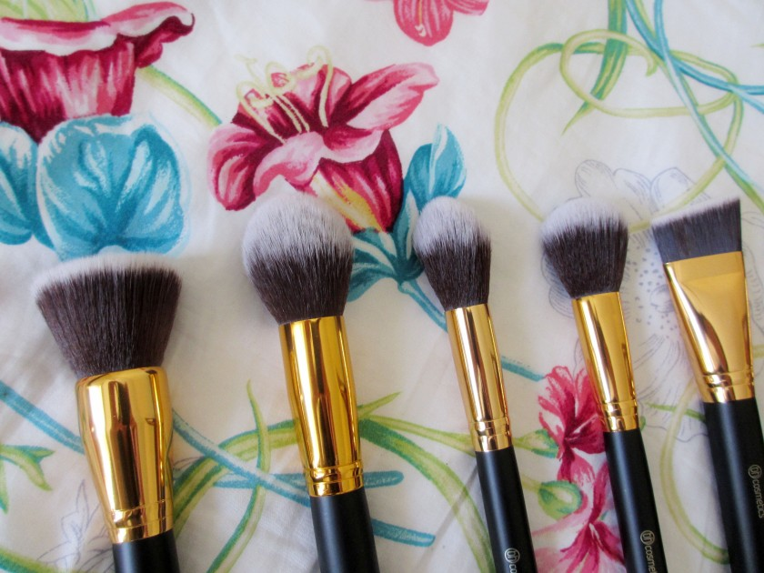 bh-brushes-closeup-hoiyinli
